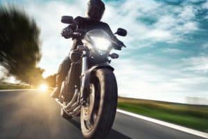 Cómo Ahorrar Dinero en California Seguro de Motocicleta