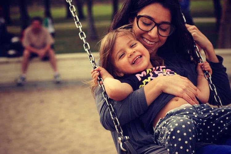 Llamando a Todas Las Madres (y Padres) al Movimiento de Seguro de Vida